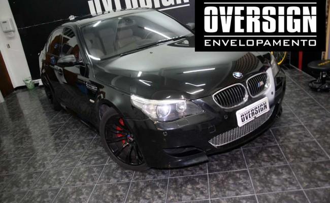BMW M5 V10 Branco pérola – BMW M5 envelopada, envelopamento branco pérola, avery dennison, (2)