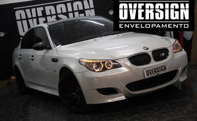 BMW M5 V10 Branco pérola – BMW M5 envelopada, envelopamento branco pérola, avery dennison, (29)