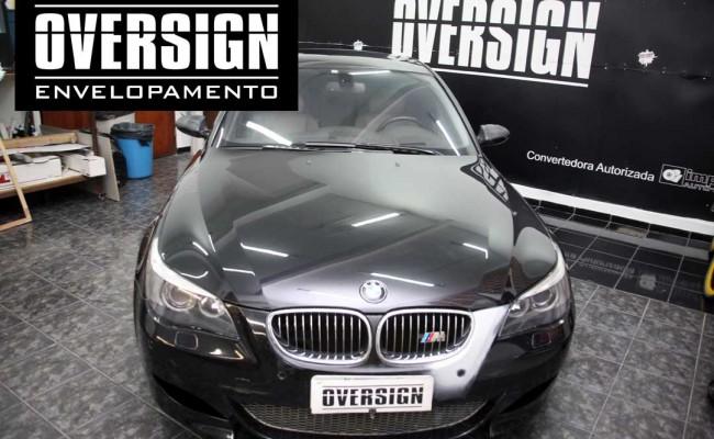 BMW M5 V10 Branco pérola – BMW M5 envelopada, envelopamento branco pérola, avery dennison, (4)