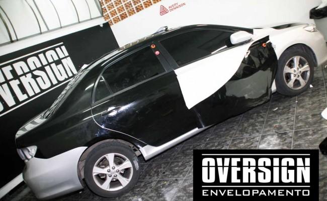 Corolla 2013 preto, corolla black piano, corolla envelopado preto brilho, envelopamento preto brilhante, adesivo black piano (11)