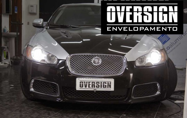 Jaguar XF-R envelopamento Black Piano