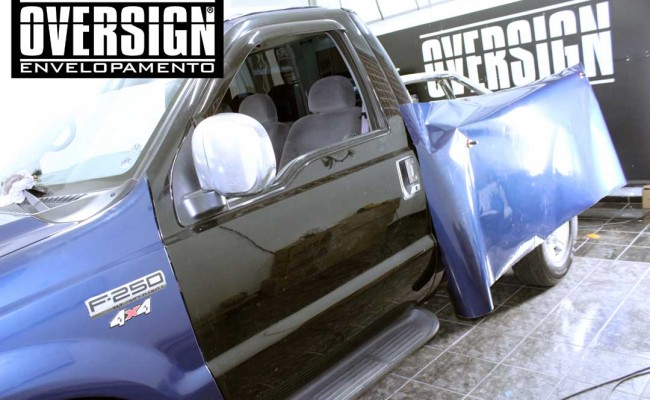 F250, F250 super duty, super duty, f250 azul, f250 azul metalico, envelopamento de carros, envelopamento automotivo, avery dennison (4)