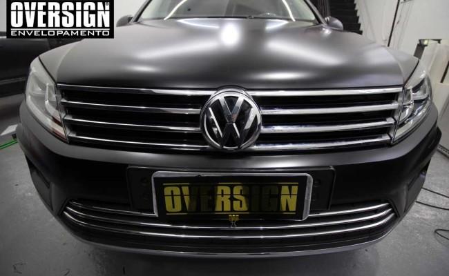 Touareg, nova touareg, touareg envelopada, envelopamento de carros, black satin, oversign, envelopamento SP, (27)