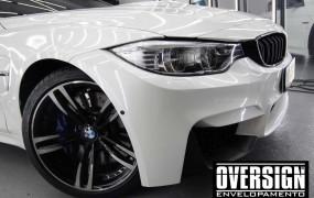 BMW M4 White Pearl.