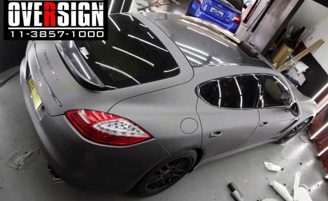 Porsche Panamera 4s, Porsche Panamera envelopada, Porsche cinza fosco, envelopamento cinza fosco, envelopamento cinza metalico fosco, over, panamera (22)