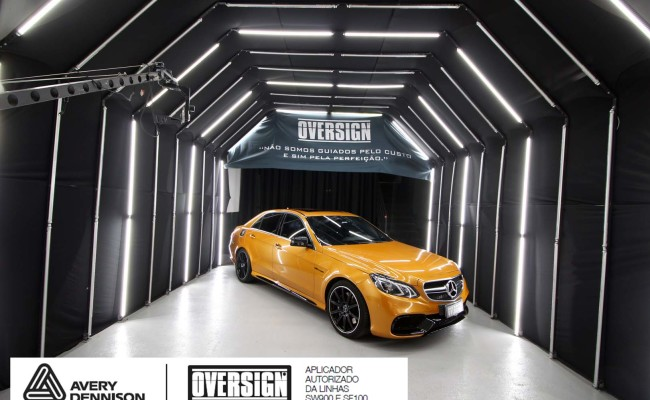 Mercedes e63, mercedes laranja, e63 laranja, envelopamento, envelopamento de carros, supreme wrapping film, avery dennison, sw-900, oversign, wrap, wrap king,  (28)