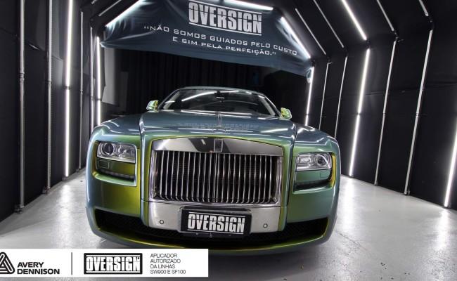 Rolls Royce, Rolls Royce Gosth, Rolls Royce Colorflow, Supreme wrapping film, oversign, carro luxuoso, envelopamento, envelopamento de carros, (33)