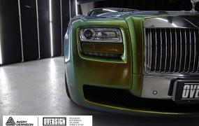 Rolls Royce Envelopamento Camaleão.
