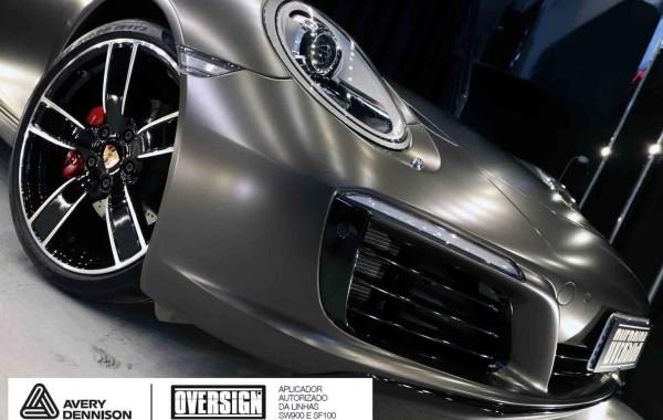 Porsche 911 Carrera – Dark Basalt